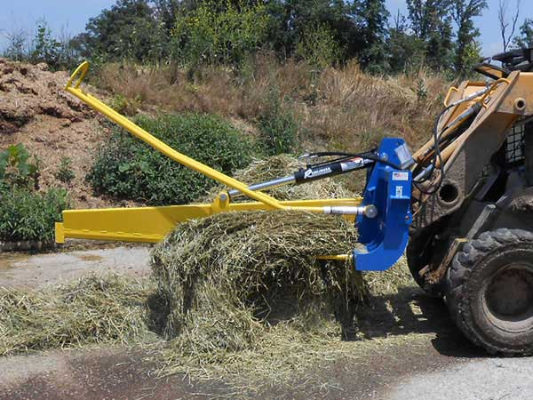 Bale slicer in action with bale sliced